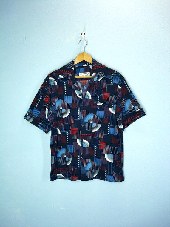 Mens Shirt / 1970s Mod Planet Leisure Shirt / medium