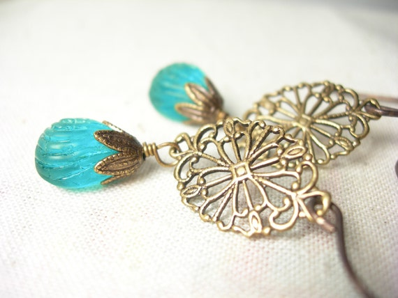 German vintage emerald glass earrings brass filigrees vintaj brass
