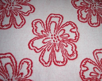 Reversible Italian Wool with 6 inch flowers in Red and White Floral