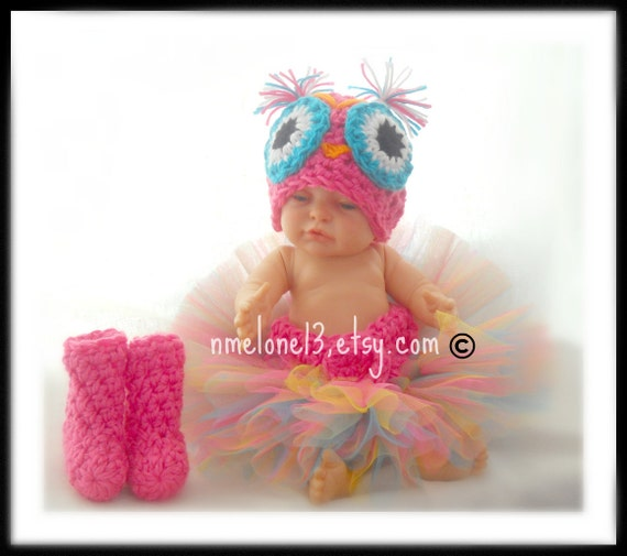 OWL  set  Estefania    Hat WiThOuT earflaps --BoOtS  and  tutu diaper cover Newborn  to 12 months