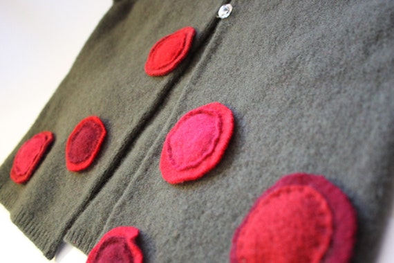 Lambswool Cardigan-- olive with shades of red  5-6-7   ///////////////SALE////////////////////