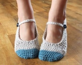 Instant Download - Crochet Pattern - Adult Chloe Slippers (Sizes 3-12)