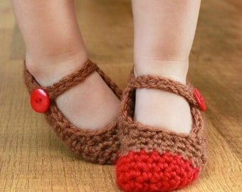 Instant Download - Crochet Pattern - Chloe Slippers (Newborn - Small Child Sizes)
