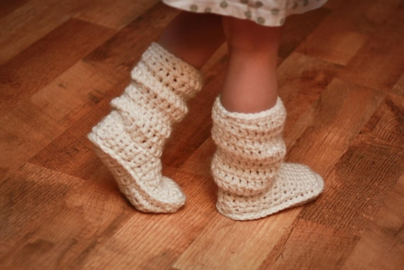 Crochet Pattern - Mamachee Boots (Baby to Child Sizes)
