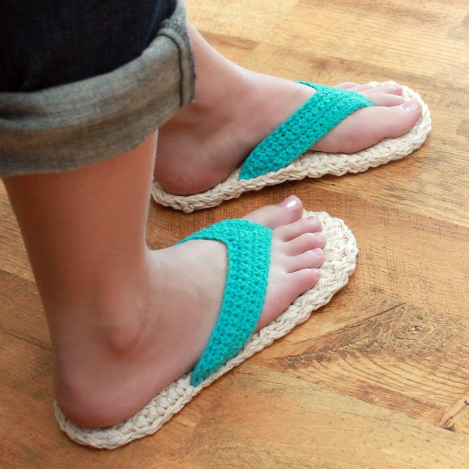Crochet Patterns Using Flip Flops : Crochet Slipper Pattern Adult Flip Flops Child/Adult sizes