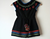 LITTLE GIRL'S KNITTED DRESS