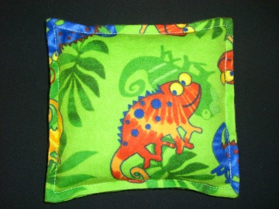 Warm Hugs Microwavable Hot or Cold Therapy Lil Hug Corn Bag- Lizard Green Flannel