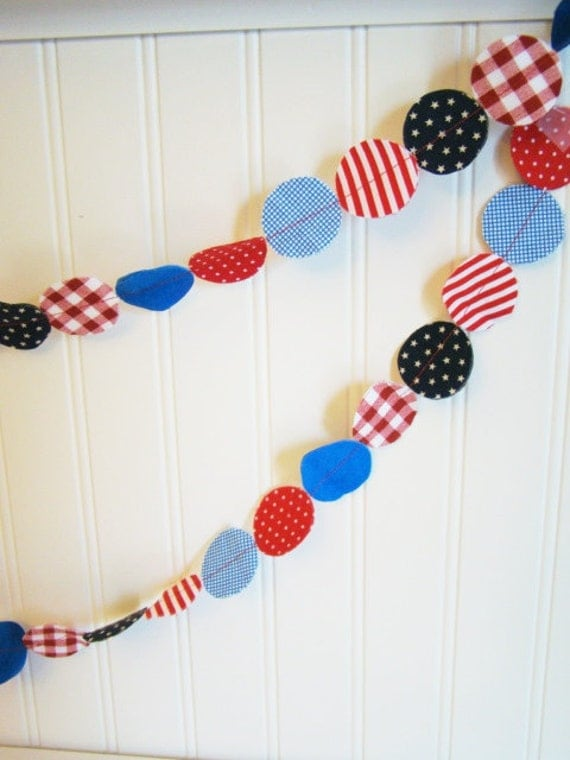 Fabric Garland Red White and Blue hand cut circles 12 feet -Patriotic, USA, Olympics