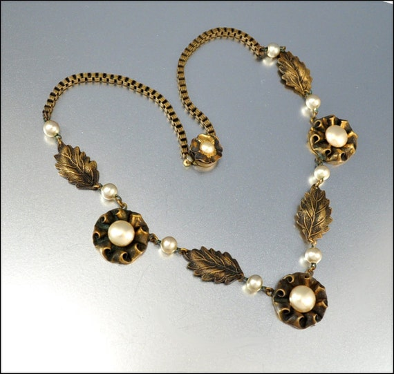 Art Deco Necklace Glass Pearl Flower Gold Brass Vintage Costume Jewelry 1930s