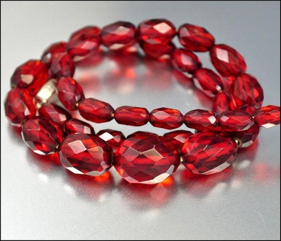Cherry Amber Bakelite Necklace Graduated Beads Vintage 1920s Art Deco Jewelry
