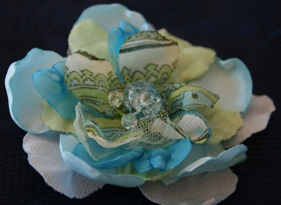 agean sea flower pin