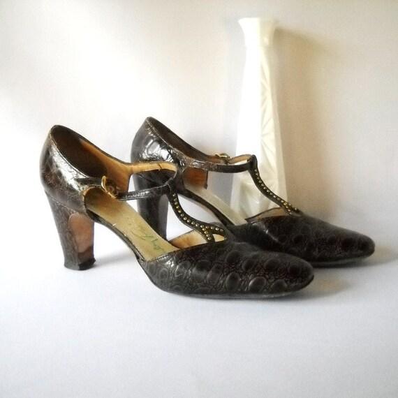 Vintage Shoes Vintage T Strap Heels Chunky Heel Shoes Stanley Philipson Designer Shoes  Preppy Preppie
