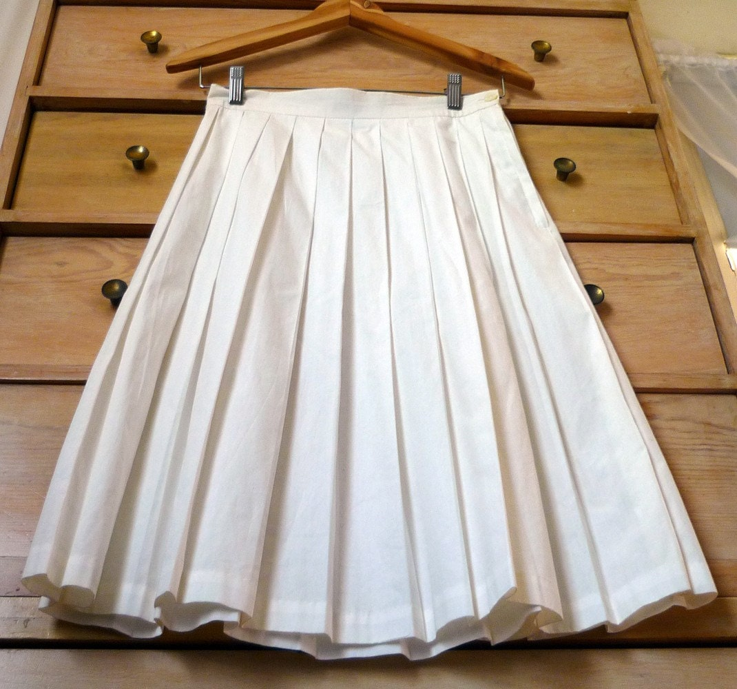 vintage 1980's J. Crew white pleated skirt XS S