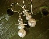 snow buddies pearl earrings
