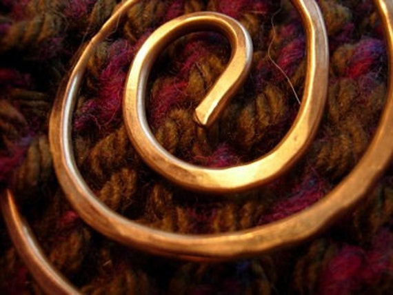 Golden Circle of Life Shawl Pin, scarf pin, sweater closure, sweater clip, hammered brass pin, spiral, circle, swirl, red brass, brooch