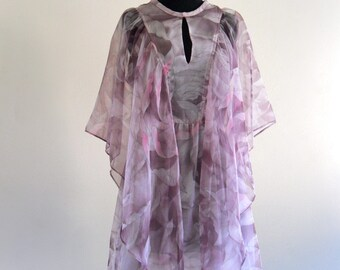 CaLiSta CaPe BoHo FLuttEr sHeeR CaPeLet fLoraL Hippie WeDDing Mini DreSs . XS . small . SM . D223