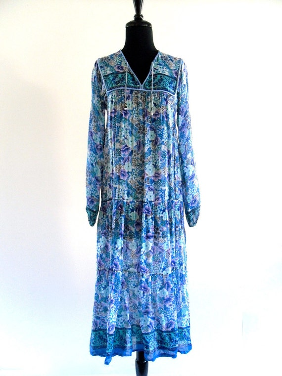 Amra India Dress . D076 .