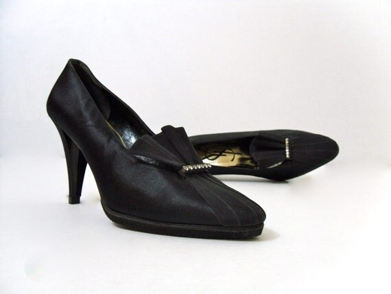 SaLe /// YSL Black Satin Pleated Rhinestone Pumps . HeeLs . ShoeS .  7 M .