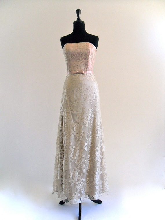Reserved . JeSsiCa McCLintoCk LaCe 2 eLeGant WeDDing ProM ForMaL MaXi GowN DreSs . SM . medium . hanger