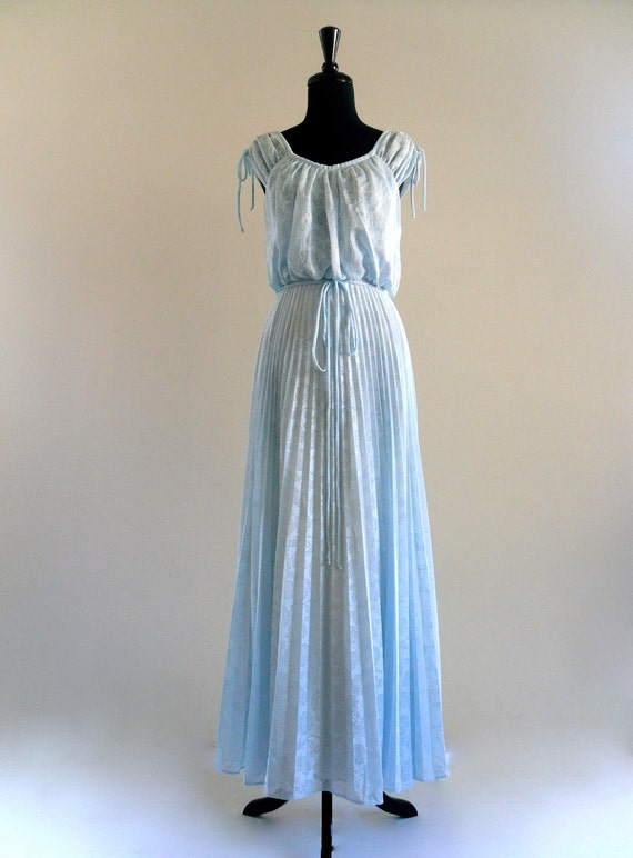 70s pLeaTed Light bLue ProM WeDDing BoHO Hippie GreCian GoDDeSs Maxi Gown DreSs . XS . small . hanger .