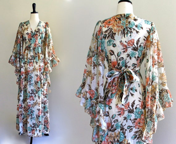 Boho Hippie Cotton Gauze Floral Empire Bell Angel Sleeve Prom Wedding Maxi Dress Gown . small . SM . D182