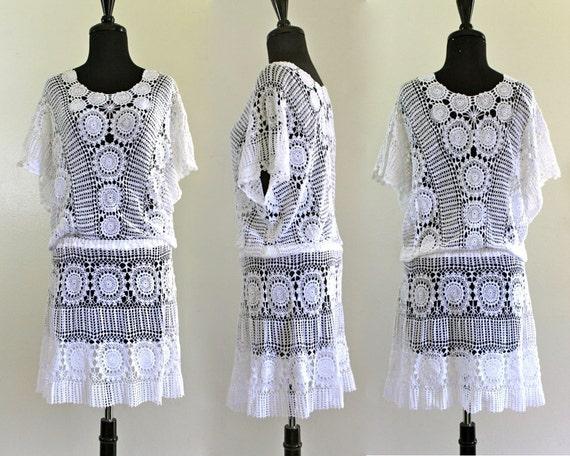 80s White Sheer Cotton Crochet Draped Batwing Ethereal Wedding Mini Dress Swimwear Cover up . XS . SM . D125