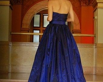 Vintage Dress wiggle french silk taffeta 40s Givenchy inspired designer