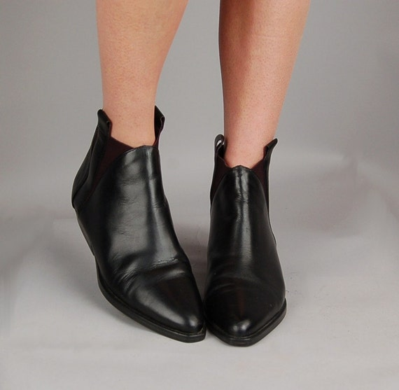 vintage black leather ankle pointed toe flat boots