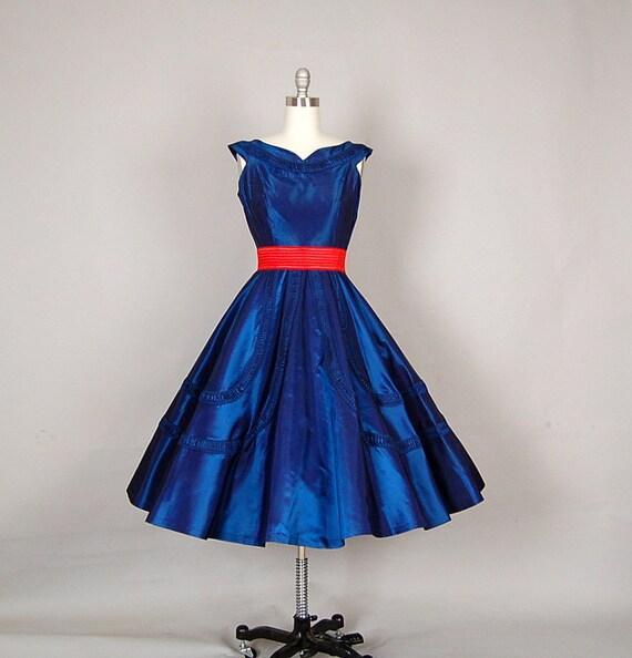 vintage 1950s dress 50s dress full skirt taffeta party midnight blue