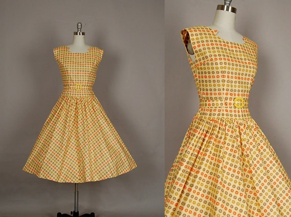 vintage 1950s dress 50s day dress full skirt polka dot geometric cotton