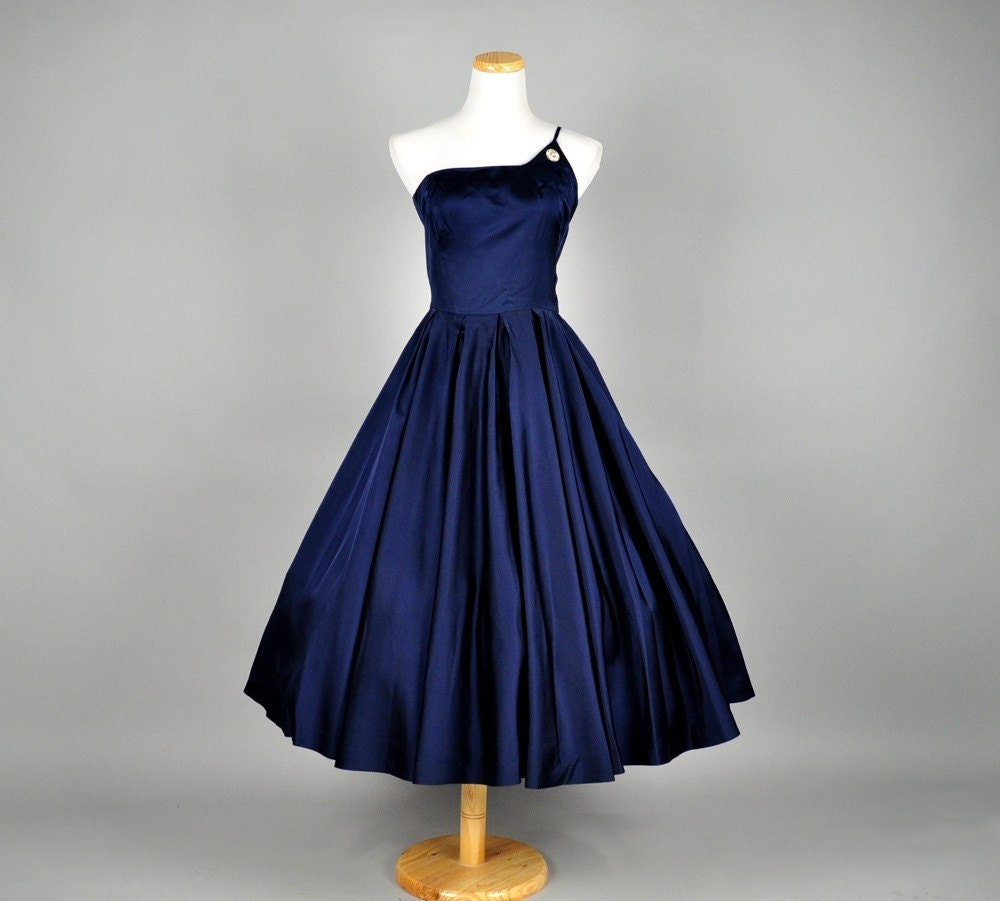 Vintage Wedding Dresses Etsy: Vintage 50s Dress Satin Full Skirt Rhinestone Brooch Silk