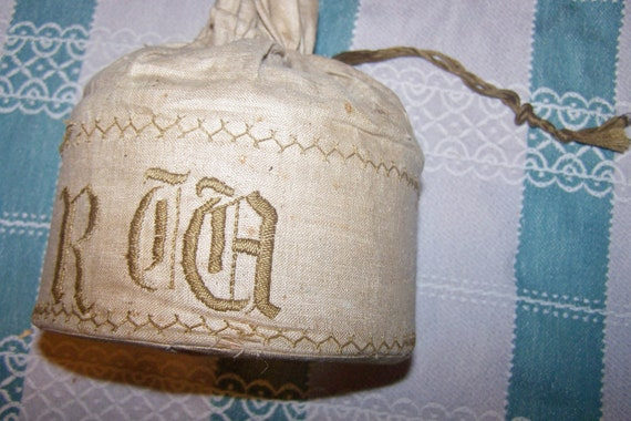 Reserved for LIttlebeachdesigns Antique, Vintage Men's DETACHABLE COLLARS, All in Linen Monogramed Box, Total of 13, by Arrow