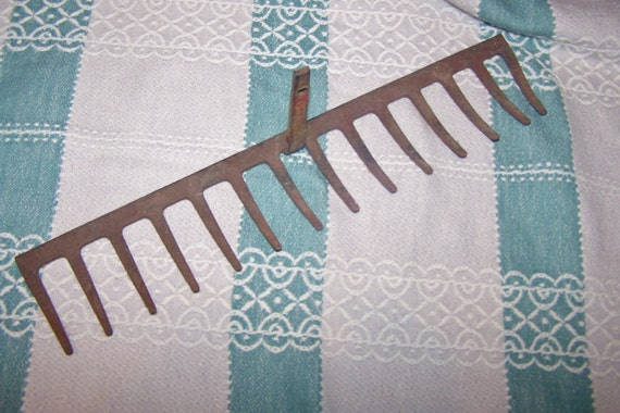 PRICE REDUCED Vintage Yard Rake Head, Shabby Lovely Rust, Perfect for Repurposing