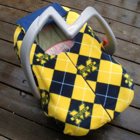 Michigan  Baby Carseat Cover for Cold Weather