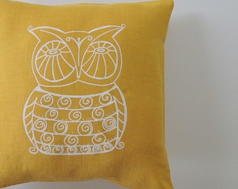 Pillow Cover - Cushion Cover - Owl design -  16 x 16 inches - Choose your fabric and ink color - Accent Pillow