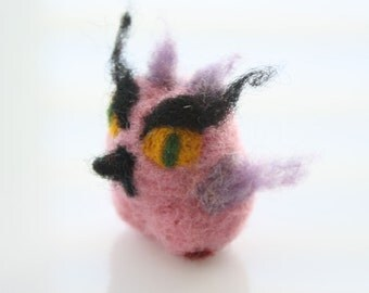 Felted Soft Sculpture, owl miniature, doll Owl, felted bird, dry felted toy, Waldorf toy, whimsical gift, owl totem, needle felted owl