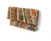 Green Paisley Velvet Button Pouch for cosmetic, wallet or gadget