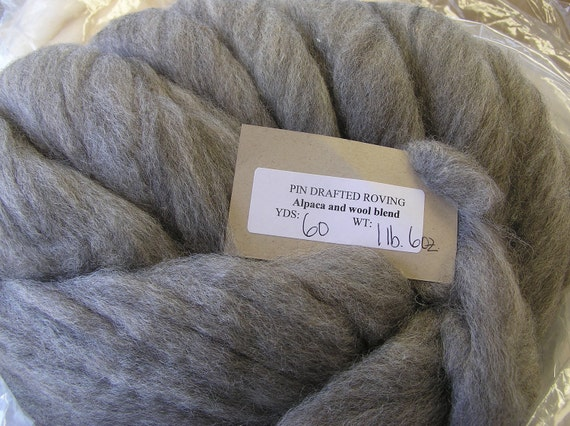 Woolpaca - Natural Alpaca and Finewool Blended Roving - Blanche