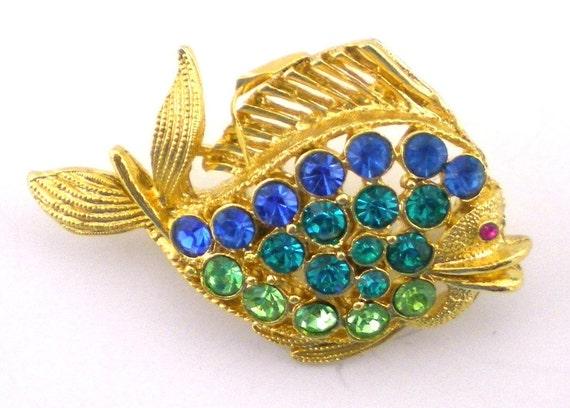 Fish Brooch  Rhinestone Pin Small Nature Inspired Jewelry Nautical Vintage Jewelry