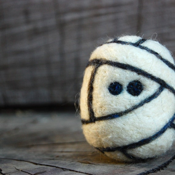 Needle Felted Wool Mummy Egg