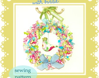 Fabric Wreath with Birdie --  PDF SEWING PATTERN