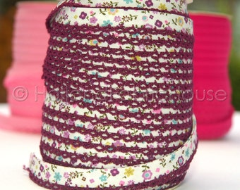 Bias Tape Petite Flowers in Aubergine Cotton and Lace - Double Fold