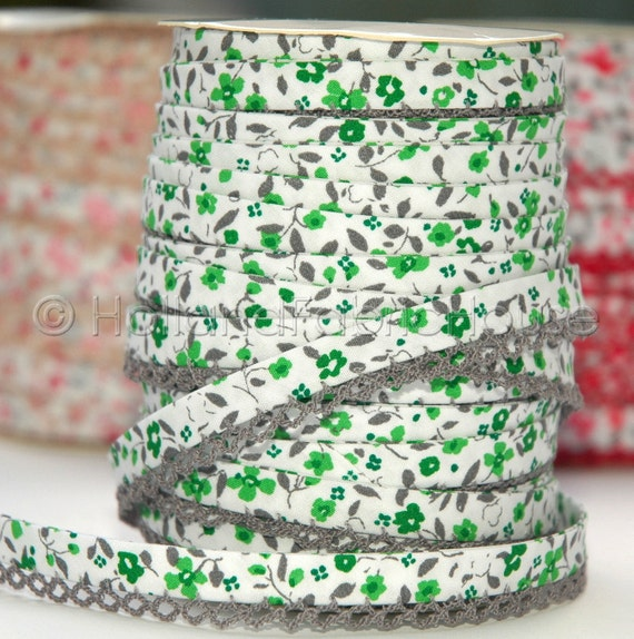 Bias Tape Spring Flowers in Moss Cotton and Lace - Double Fold