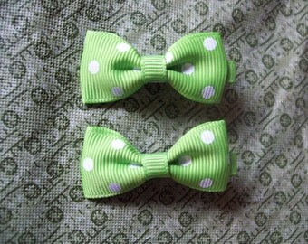 Green with White Polka Dots Hair Bows