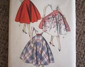 Vintage Advance 8597 Circle Skirt Pattern - Waist 26