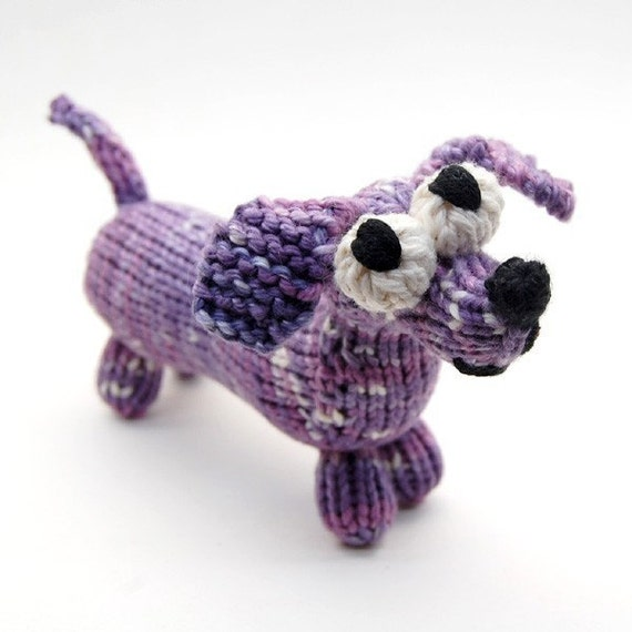 Knitted Dachshund Pattern : Wiener Dog Dachshund Knitting Pattern