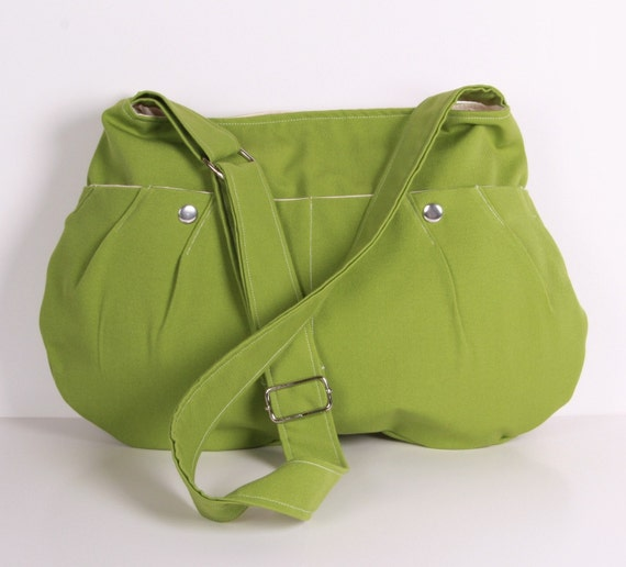 Everyday Purse,Shoulder Bag, Messenger bag Diaper bag, adjustable strap, Green cotton with Cream lining...SHELL...