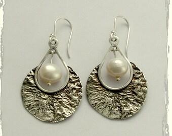 Sterling silver Earrings, oxidized earrings, dangle pearl earrings, casual earrings, bridai earrings, simple earrings - Peaceful night E2124