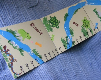 Foldable Children's Growth Chart, Amphibians