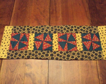 Chickens and Sunflowers Table Runner